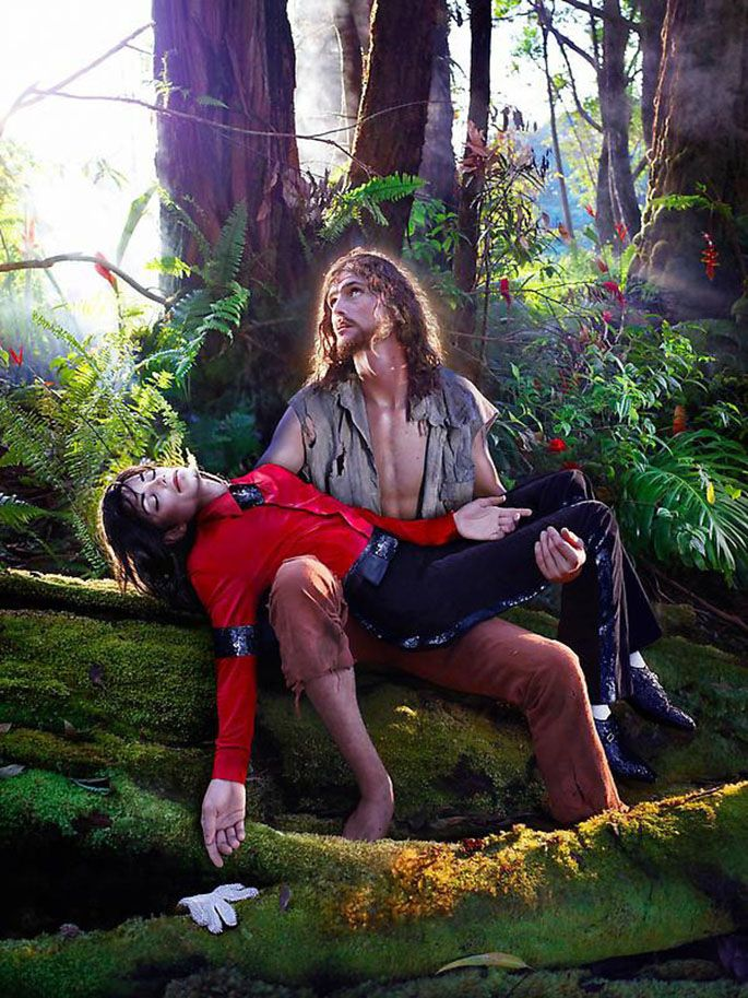 "David LaChapelle. ""American Jesus Hold Me, Carry Me Boldly"". 2007"